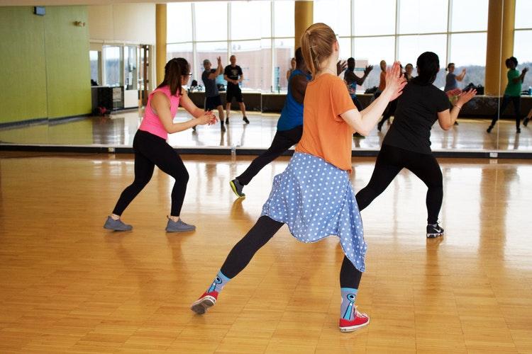 Modern tánc